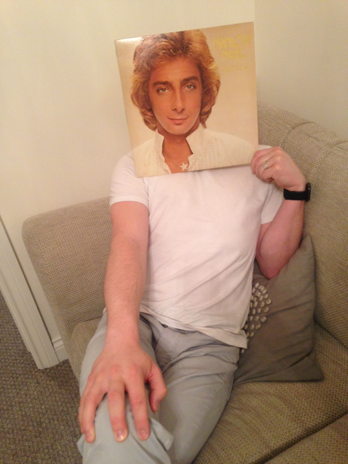 Mark-Galloway-barry-manilow